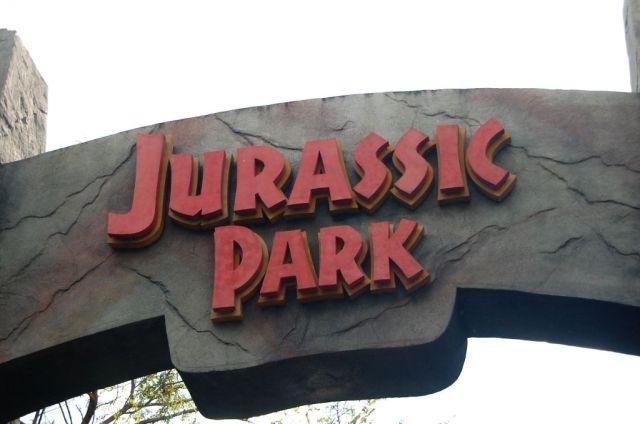 3Jurassic Park 1.JPG