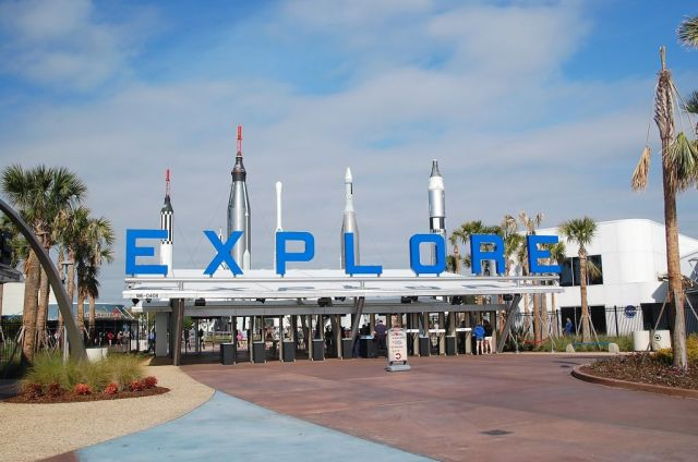 1Kennedy Space Center 13