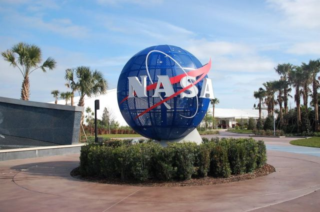 1Kennedy Space Center 4