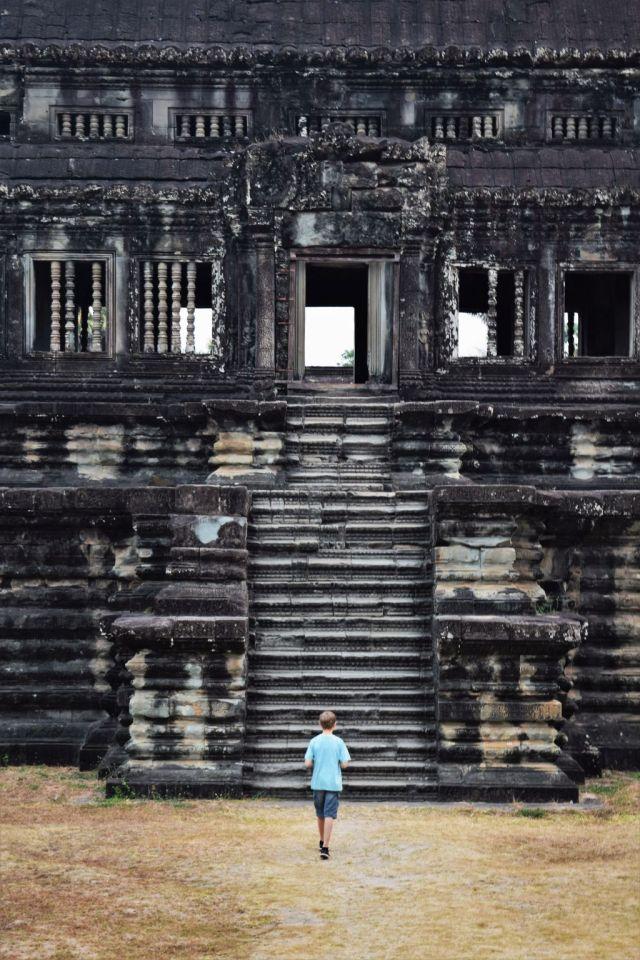 2Angkor Wat 76