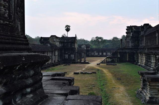 2Angkor Wat 82