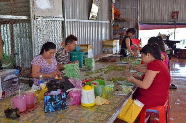 6Kokoskola Mekongfloden 35