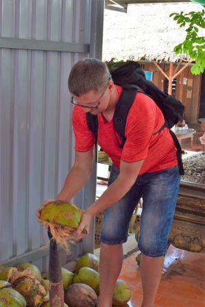 6Kokoskola Mekongfloden 5