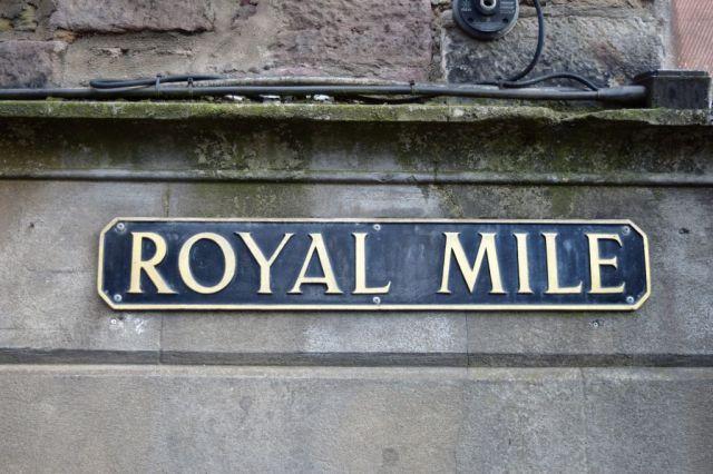 1Royal Mile 0