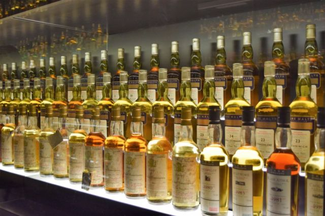 21The Scotch Whiskey Experience 27