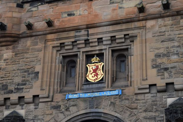2Edinburgh Castle 11