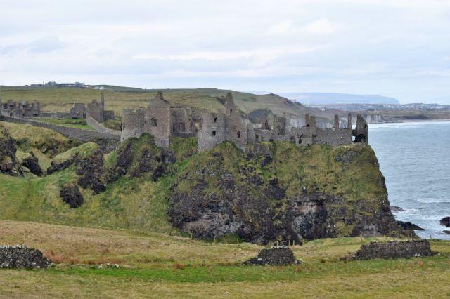 4Dunluce Castle 3
