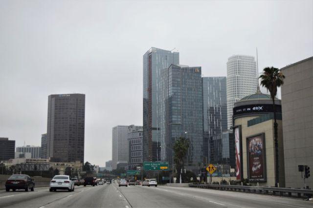 1Los Angeles 4