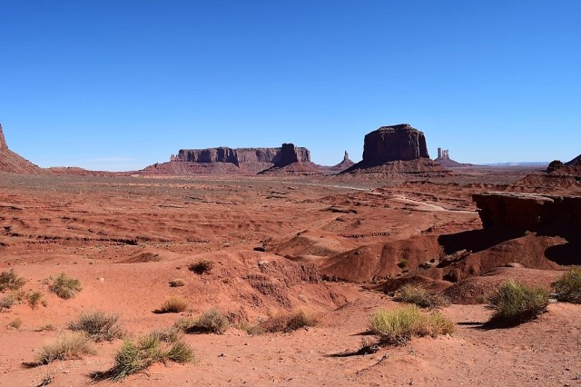26Monument Valley 0