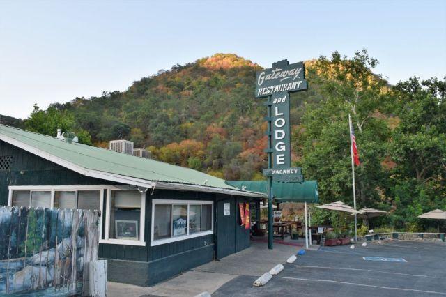 The Gateway Restaurant & Lodge, Three Rivers 8