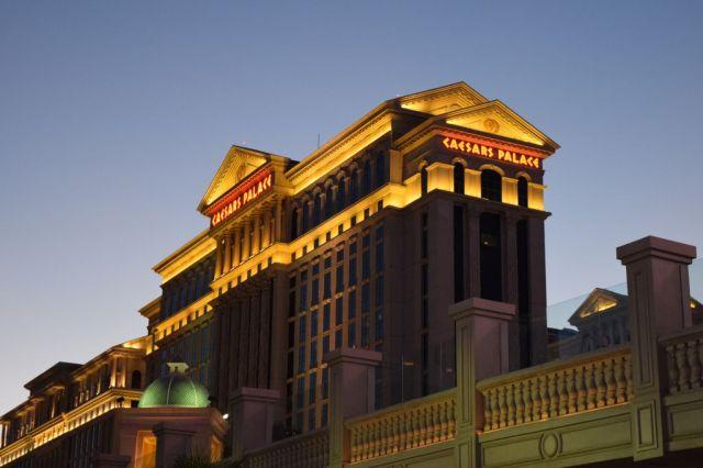 1Las Vegas 87