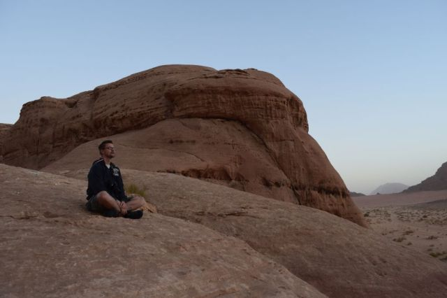 2Soluppgång, beduincamp 43