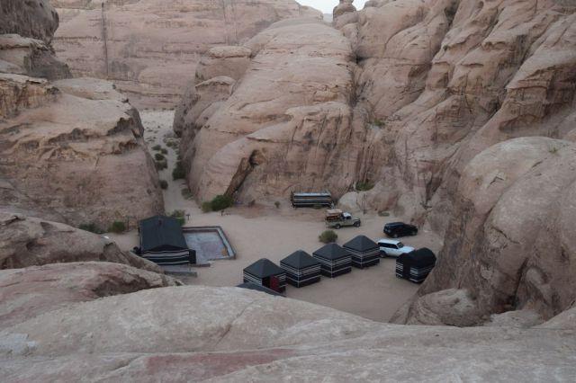 2Soluppgång, beduincamp 45