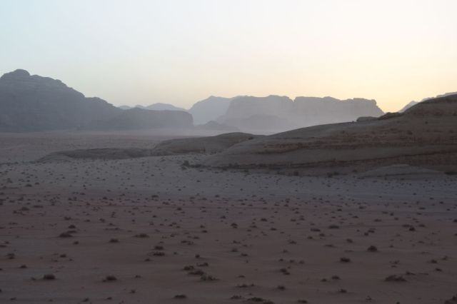2Soluppgång, beduincamp 49