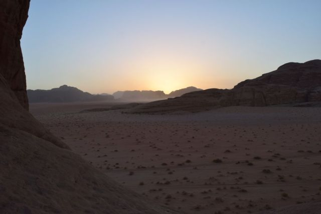2Soluppgång, beduincamp 52