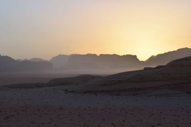 2Soluppgång, beduincamp 54