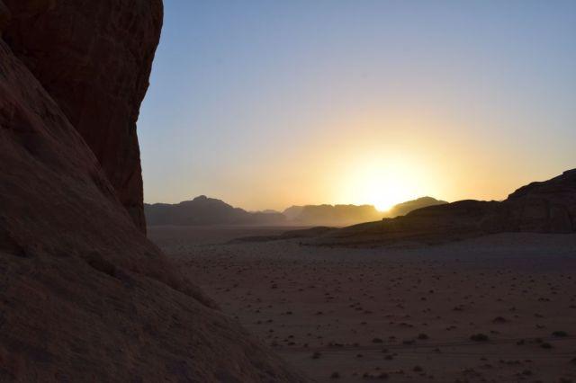 2Soluppgång, beduincamp 67