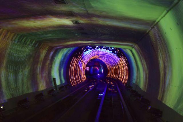 3Bund Sightseeing Tunnel 0