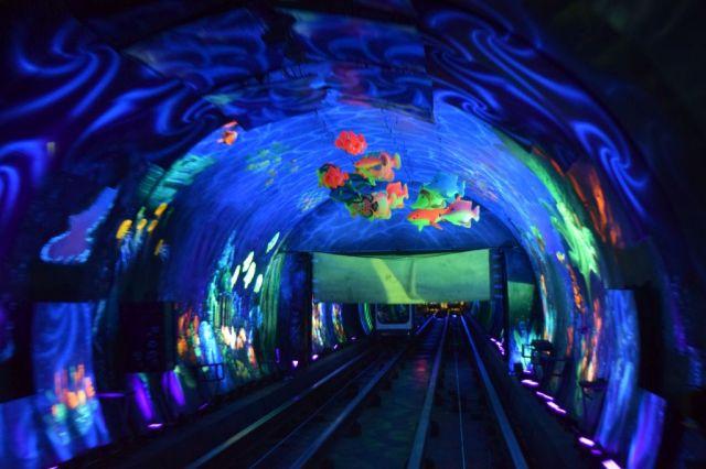 3Bund Sightseeing Tunnel 6